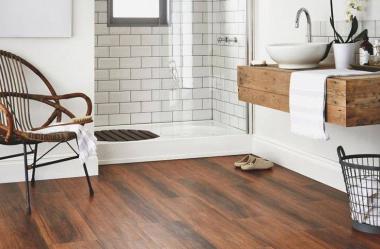 Czy drewno to odpowiedni element wystroju łazienki?